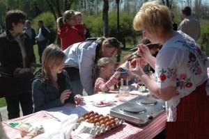 húsvéti tojásfestés (Medium)